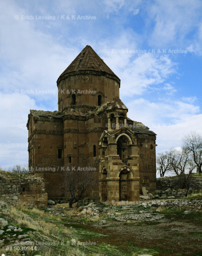 Church of the Holy Cross on the island of Achthamar,   