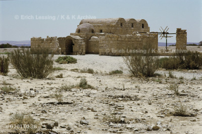 Apart from the desert palaces, some small bathing      establishments remain, more intimate buildings         for bathing,drinking and entertainment by dancing      girls,but all with an audience hall in a separate      building. Qusair Amra bathing establishment.