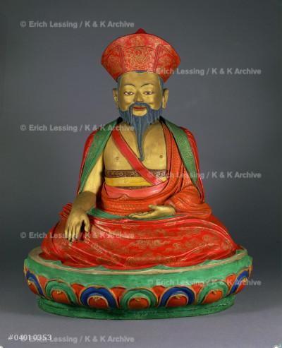 The Shabdrung (king and lama) Ngawang Namgyel          (1594-1651).                                           Painted clay, H: 48 cm