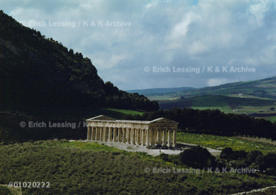 Doric Temple in Segesta,Sicily,425 BCE-406 BCE,when    
