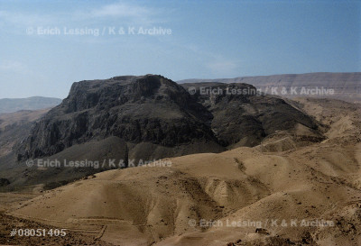 Wadi el-Mujib, Jordan. In biblical times the deep      valley of the Arnon or Gad formed a natural frontier   between the Amorite,later the Israelite kingdoms in    the North and the kingdom of Moab in the South.